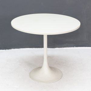 Round tulip side table